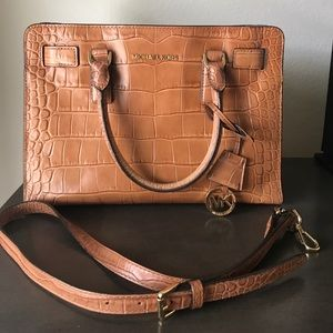Michael Kors Dillion East West Satchel - Walnut